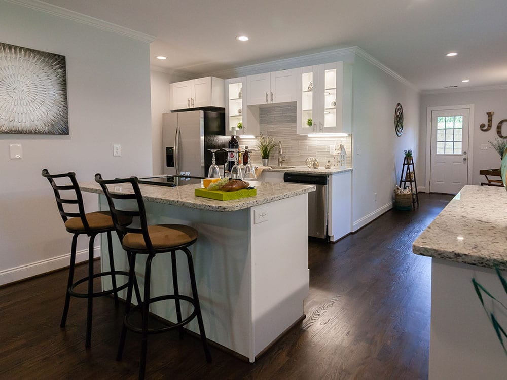 Center Island in Kitchen Of Atlanta Rehab