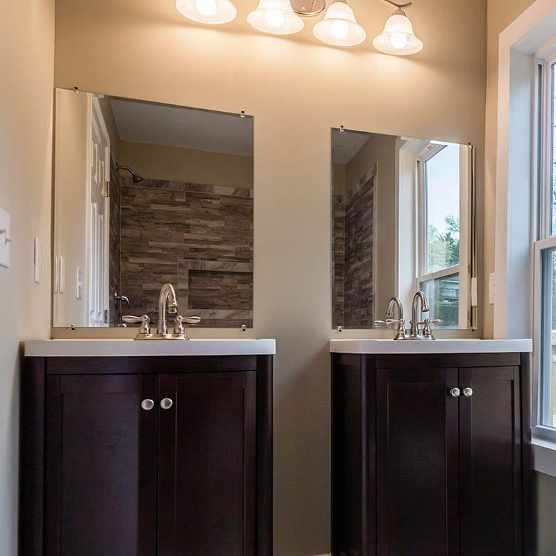 Dual Sinks In Atlanta Home